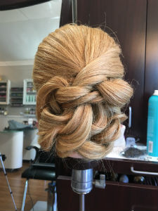smooth-updo